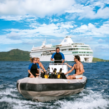 The only luxury ship in the French Polynesian islands offering PADI certification onboard, The Gauguin offers even novices the chance to explore their coral reefs and canyon passes.